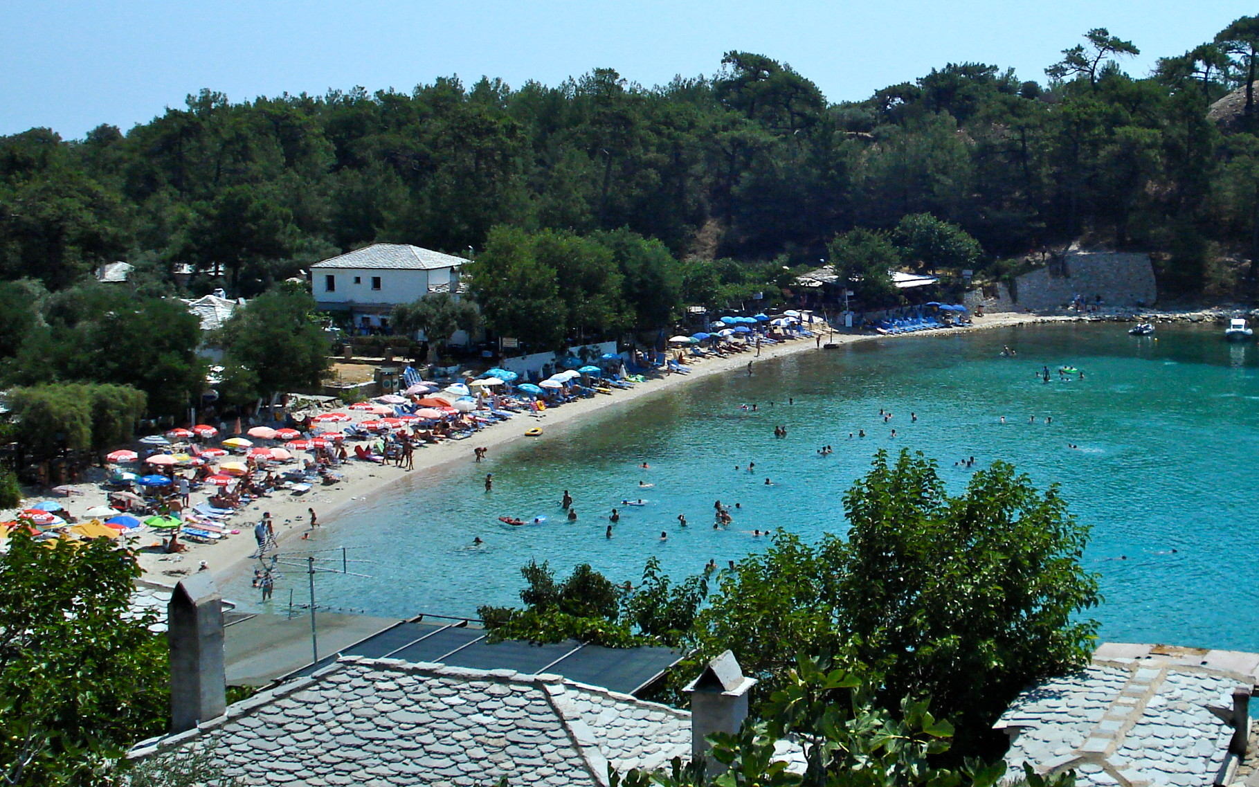 Village d'Alibi avec sa plage