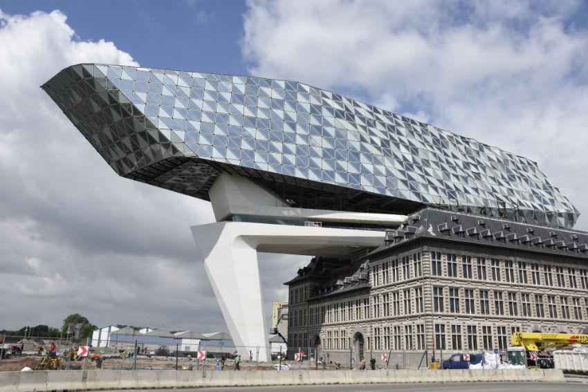 Bestratingsproject havenhuis Antwerpen