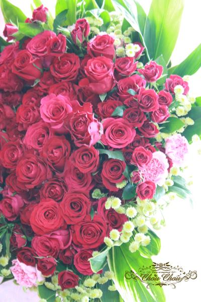 プロポーズ 100輪のバラの花束 アンバサダー