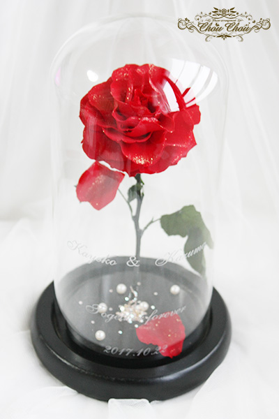 ウェディングサプライズの一輪の薔薇のガラスドーム アレンジ order no 2017108
