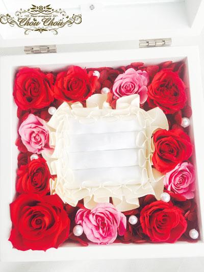 エンゲージリング ケース プロポーズ ジュエリーボックス 赤バラ リングホルダー プリザーブドフラワー オーダーフラワー