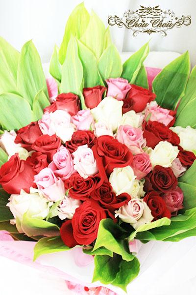 白、ピンク、赤バラの豪華な花束 order no 181203