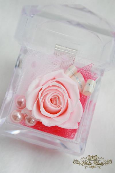 プロポーズ  フラワーギフト プレゼント プリザーブドフラワー リングケース 1輪の薔薇 隠れミッキー ディズニーシー ミラコスタ