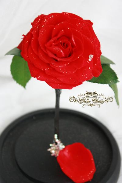 ウェディング 美女と野獣 薔薇 ガラスドーム リングホルダー スワロフスキー 刻印