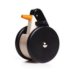 Schiebetier Wackel-Pinguin BAJO natürliches Holzspielzeug in Berlin kaufen - zuckerfrei | Kids Concept Store