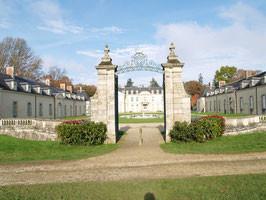 """Exposition """"Mains et Merveilles """" au château de Kerguehennec organisée par le conseil général"""