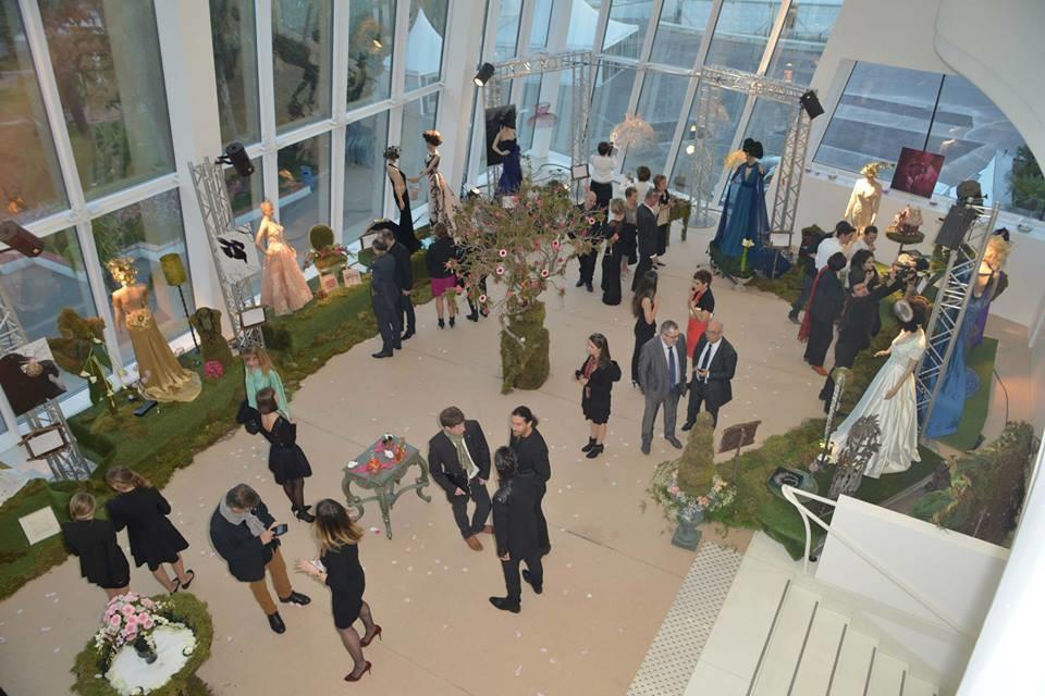 Exposition au palais des festivals à Cannes lors du Cannes Shopping festival.