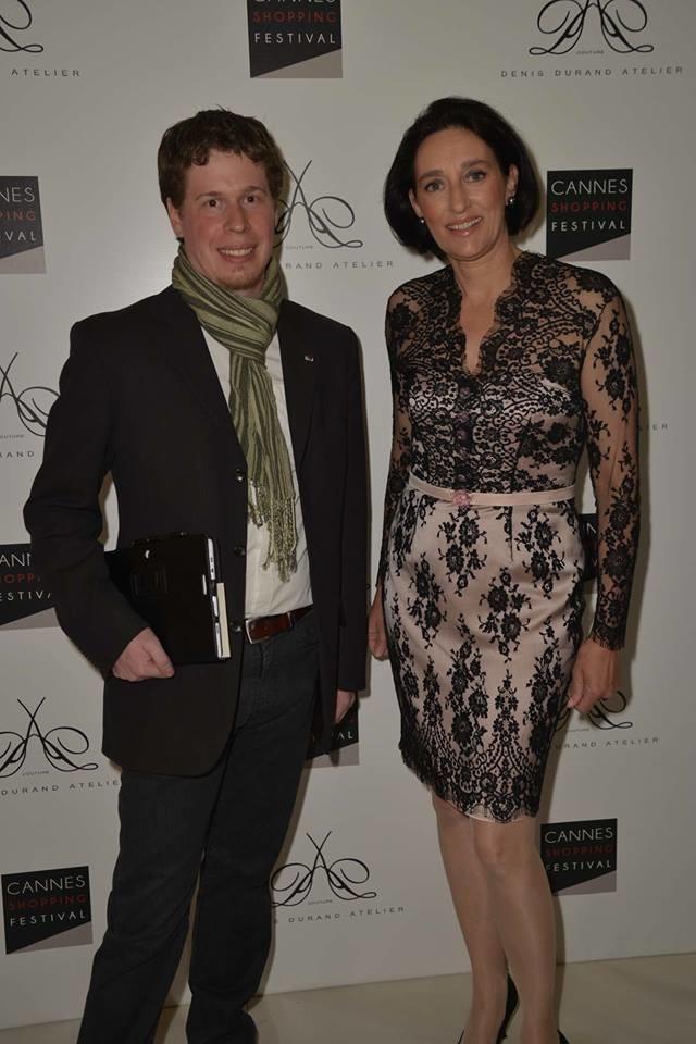 Avec la princesse Tania de Bourbon Parme à l'occasion du Cannes shopping festival.