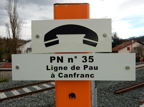 Ligne de Canfranc à Pau, ou l'inverse pour ceux qui contredisent !!! l'ACCOB s'en félicite en terme d'emplois tourisme.