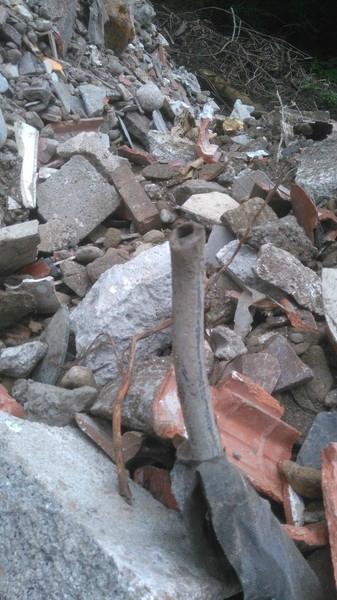 On aime bien le recyclage de la commune d'oloron, mais pas du plomb dans un ruisseau Natura 2000 !