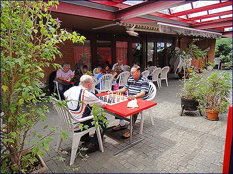 Photo Ferien-Schach vor Restaurant Weiher 2011