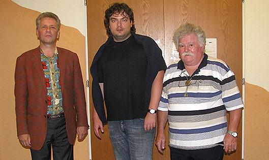 SF Pelikan Schach-Open 2010,  IM Alexander Belezky (mitte)