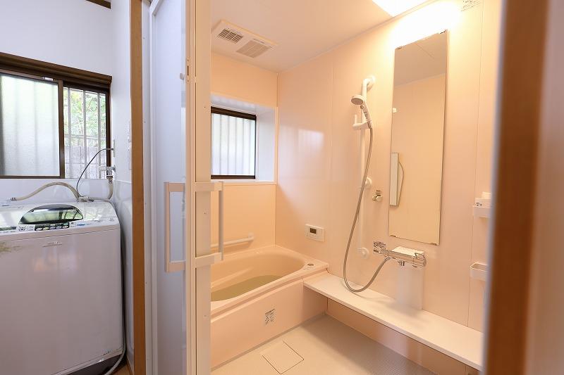 福津市 浴室リフォーム 2枚引き戸
