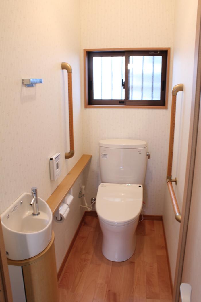 福津市 トイレ洗面所リフォーム・間取り変更・床張り替え