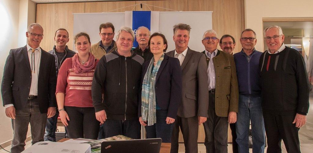Vorstand und Kassenprüfer (KP) 2017 - 2021: (von links): Dr. Gerhard Strobel, Philipp Polosek (KP), Sibylle Völker, Andreas Döz, Uwe Hiller, Horst Baßmann, Astrid Szelest, Michael Segan, Hans Schmid, Kurt Eisenmann (KP), Helm-Eckart Hink, Hermann Witzig