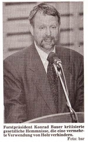 1992: Forstpräsident Bauer beim Vortrag bei der SDW-Mitgliederversammlung