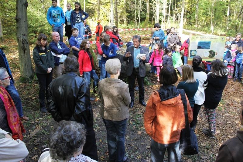 Naturpark-Geschäftsführer Bernhard Drixler zur Walderlebnispfad-Eröffnung
