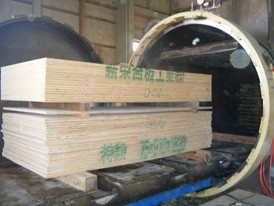 ホウ酸処理合板