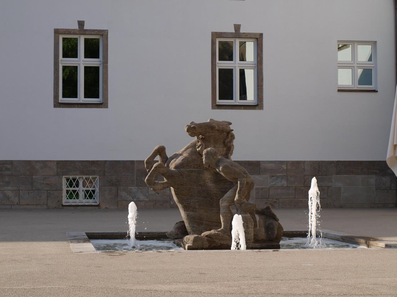 Vor der Kunsthalle