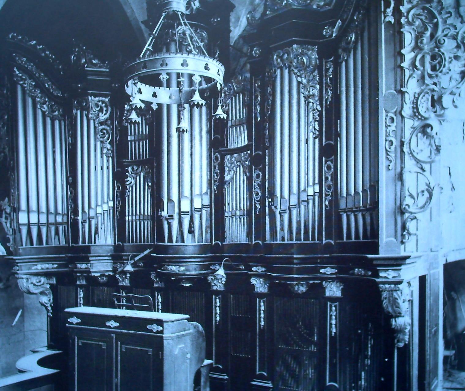 Orgel von 1912 auf der Südempore