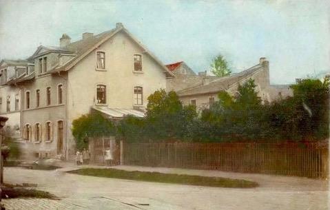 Haus Oberndorf Engelbert-Fries-Str. 2 - Der Schuppen im Hintergrund schließt direkt an den Finkenweg an. Vorkriegszeit
