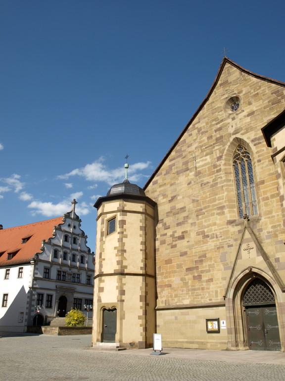 St. Johannis mit Schweinfurter Gymnasium (Museum f. Stadtgeschichte)