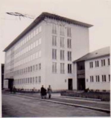 Ämtergebäude in der Theresienstraße 1955