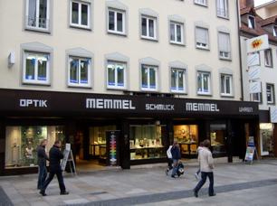 Das Uhrengeschäft Memmel  Spitalstraße 31 im Jahre 2010