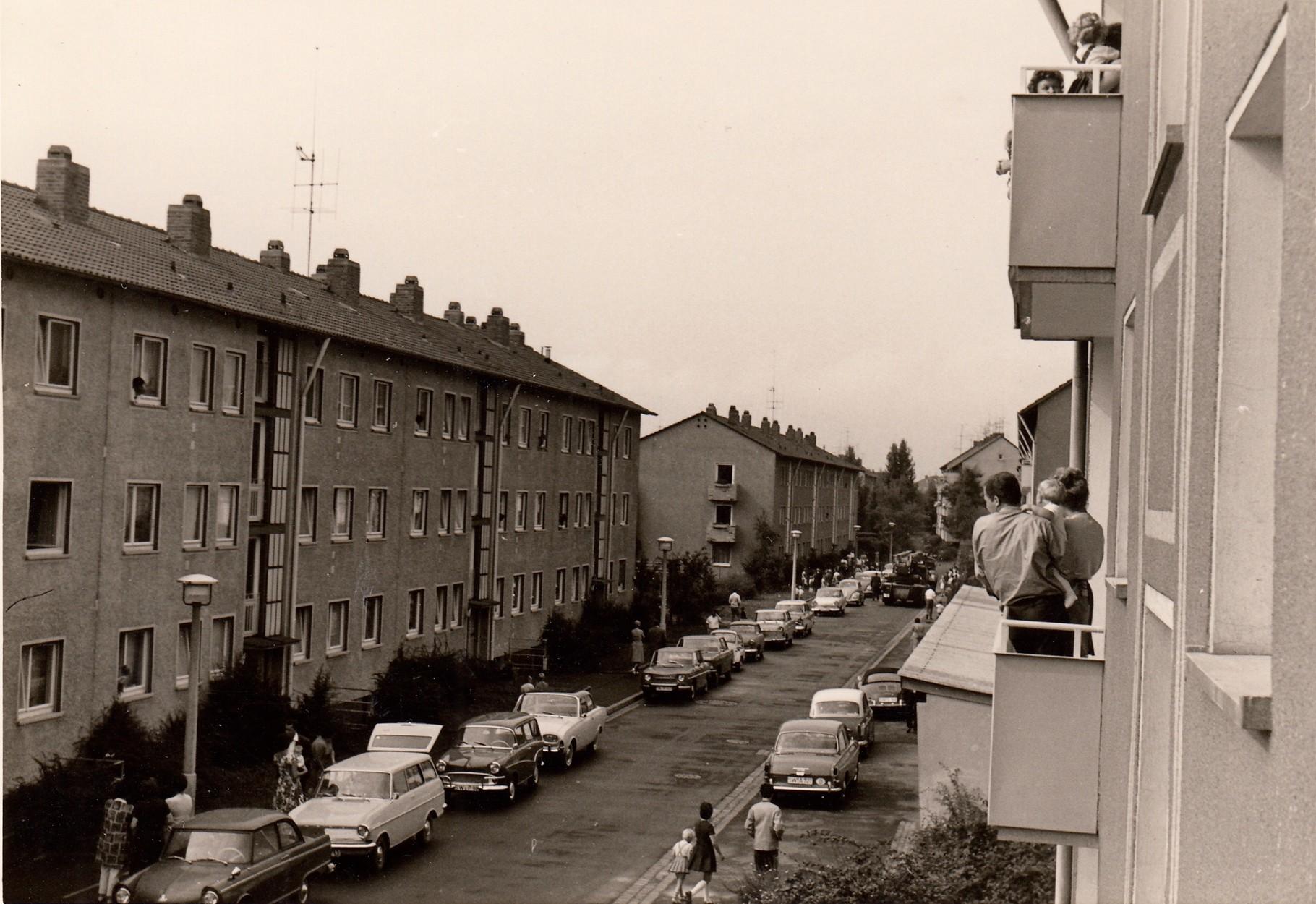 Gleiwitzstraße Aug. 1965 Brand - eine Frau sprang aus dem Fenster