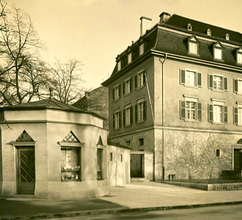 Alte Reichsbank und Kiosk in den 1930ern