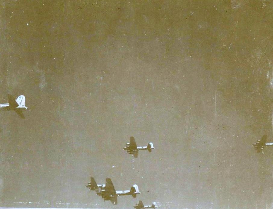 390th Bombergruppe über Schweinfurt 14.10.1943