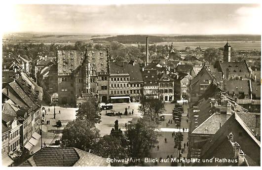 Marktplatz mit Rathaus ca.1938