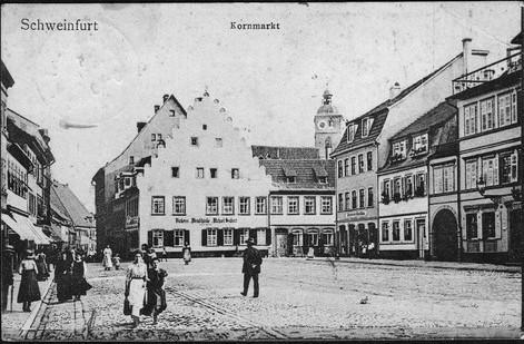 Um 1913 - In der Bildmitte Bäckerei und Weinschänke Michael Seubert