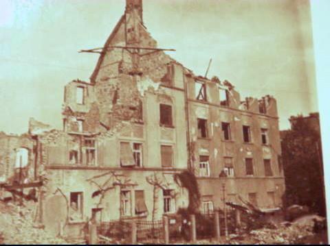 1943 nach Bombenangriff