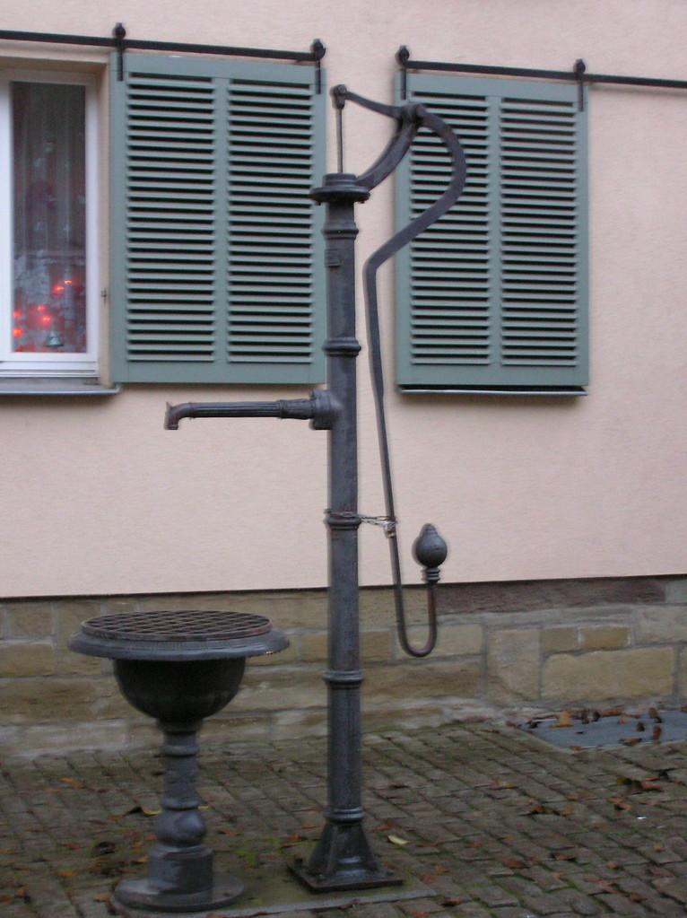 Brunnen Zürch, Burggasse
