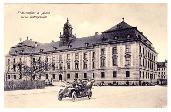 Justizgebäude nach seiner Erbauung