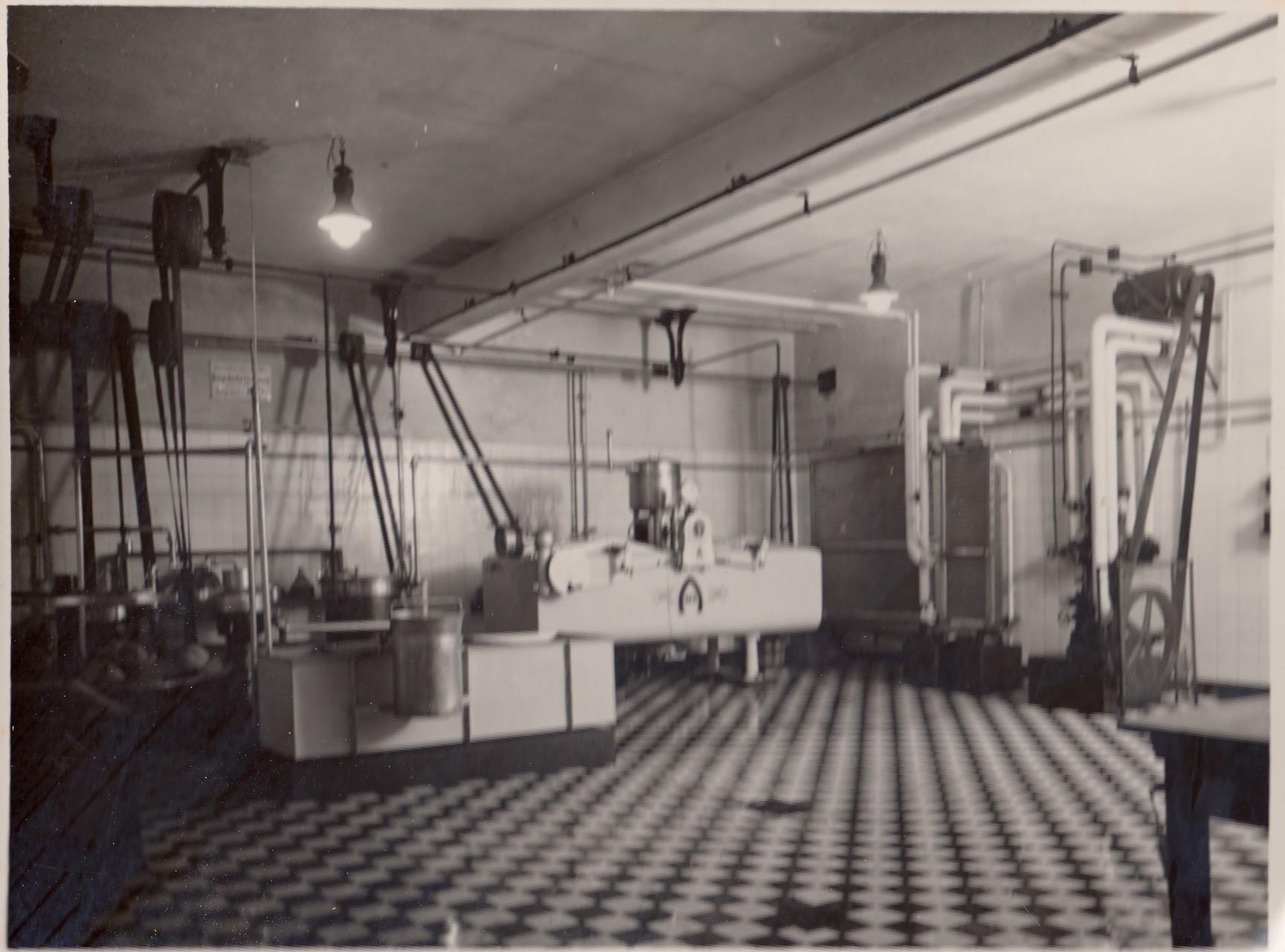Maschinenraum und Tiefkühlanlage