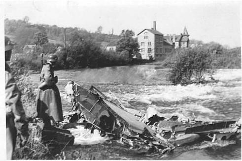 abgeschossener Bomber bei Schweinfurt