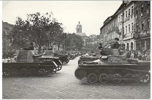 Panzerparade Marktplatz