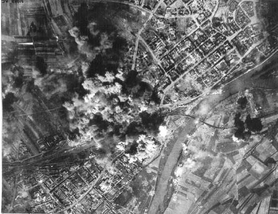 Schweinfurt vom Bombenteppich bedeckt