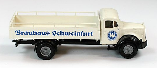 Brekina Mercedes-Benz L311 Brauhaus Schweinfurt