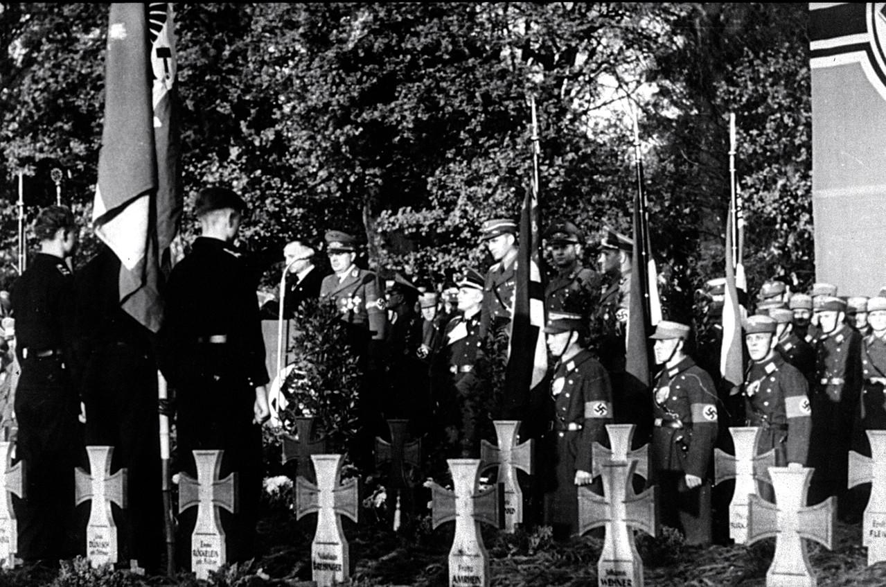 Schweinfurt 1943 - Einzelgräber Gefallener