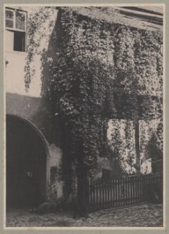 Metzgergasse 16 um 1900