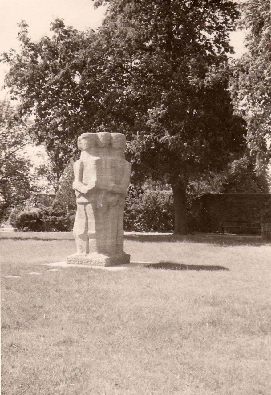 Denkmal im Alten Friedhof