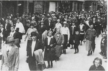 Aufzug des Reichsbanners Schwarz-Rot-Gold in Schweinfurt - Demonstration gegen den aufsteigenden Nationalsozialismus im Jahre 1927
