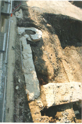 Abb.13: Blick auf die spätmittelalterliche Stadtmauer und Schalenturm