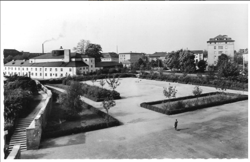 Ernst-Sachs-Bad mit Messeplatz