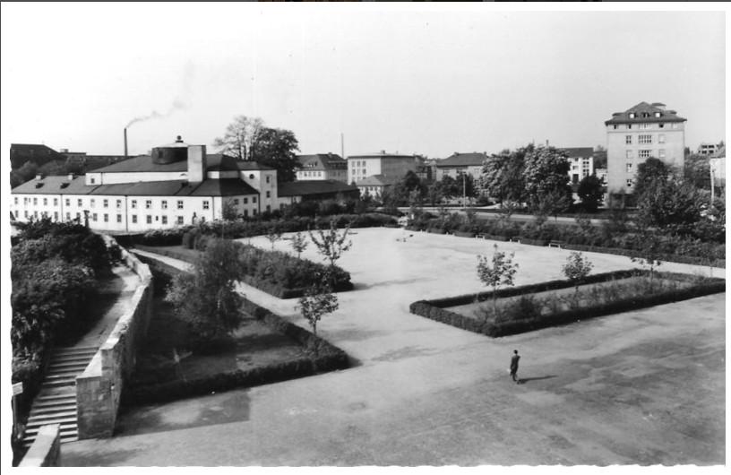 Ernst-Sachs-Bad mit Messeplatz