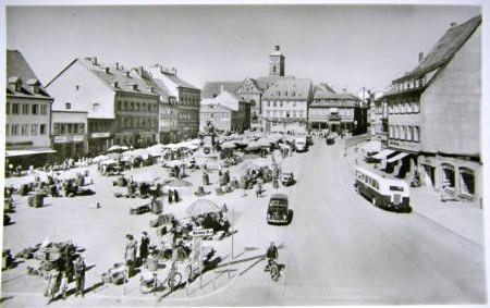 Der Marktplatz um 1955