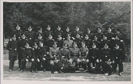 De Offiziere des 4. Panzerregiments, Teil der 2. Panzerdivision in SW 1938